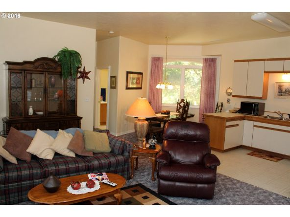 935 Rhododendron Dr., Florence, OR 97439 Photo 29