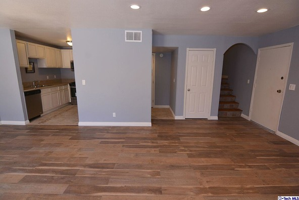 27123 Crossglade Avenue, Canyon Country, CA 91351 Photo 7